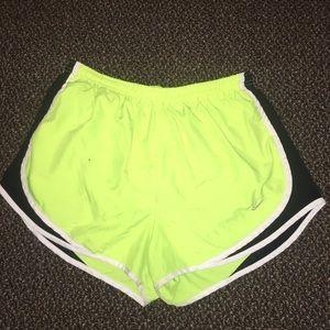 Nike Tempo Shorts Large